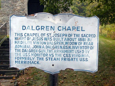 Early morning arrival at the trail head and visit to Dalgren Chapel.