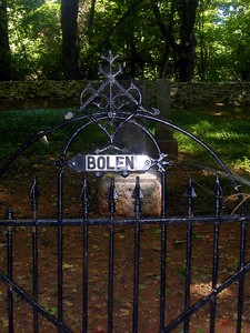 Bolen's cemetery at intersection of Kaiser Fire Road and Hull School Road.