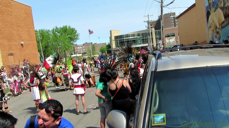 "Cinco De Mayo (St. Paul's West Side) 2016: Dance<br /> <a href=""https://youtu.be/mwf_c8tOl9Q"">https://youtu.be/mwf_c8tOl9Q</a>"