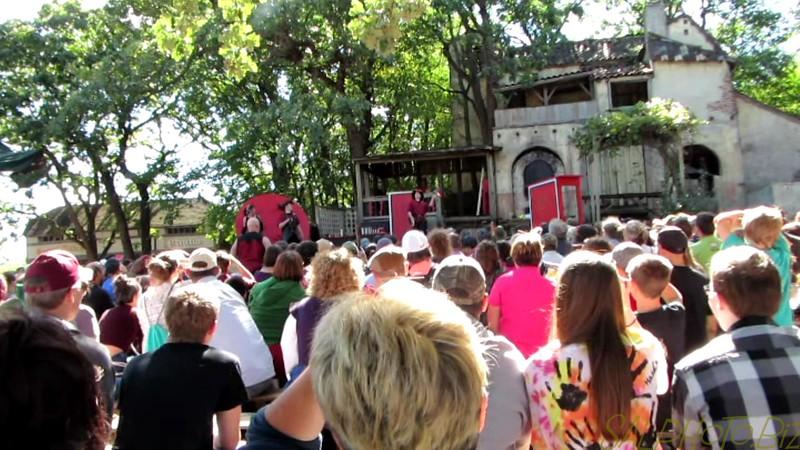 "Minnesota Renaissance Festival: Juggling Dare Devil Throwing Act<br /> <a href=""https://youtu.be/AiqbyEtumt4"">https://youtu.be/AiqbyEtumt4</a>"