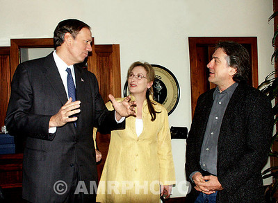 (L_R) New York State Govennor George Pataki with Actress Merle Streep and Actor and Producer Robert Deniro at a pre press conferece reception for the inuagural Tribeca Film Festival