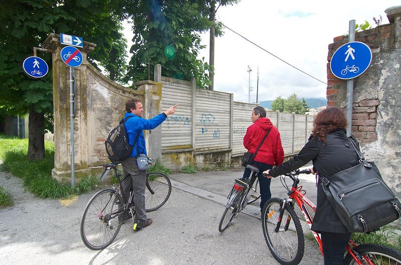 sul campo (Piazza Matteotti - Viale di Piazza d'Armi, Pinerolo): Matteo Dondè, Flavio Fantone, Cristina Bassignana