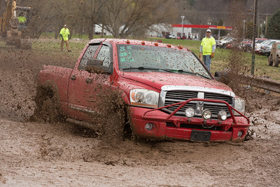 15 04 26 Mud Bog-016