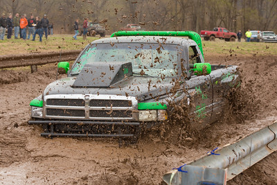 15 04 26 Mud Bog-037