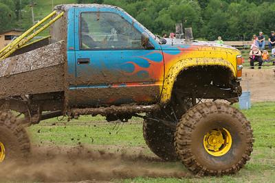15 06 13 Monroeton Mud Bog-038