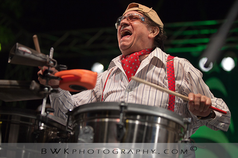 IMAGE: http://www.bwkphotography.com/Events/Montreal-Festivalissimo-2011/Cuban-Martinez-Show/i-2MZqqts/0/L/5DIIIMG65282011-06-04-224546-L.jpg