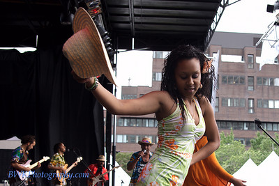 Maya at the Montreal 2010 Nuits d'Afrique 11