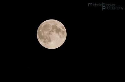 The full moon before the start...