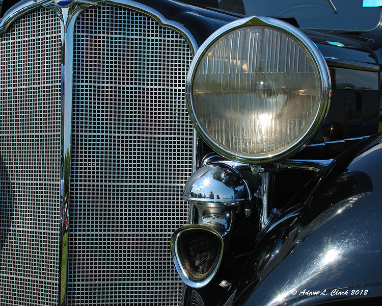 Large headlight and horn
