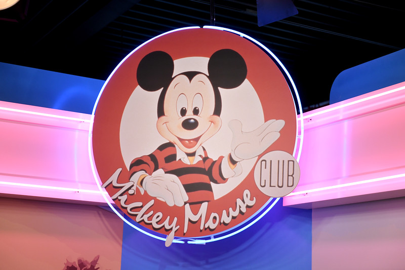 775250995NP00051_Mickey_The