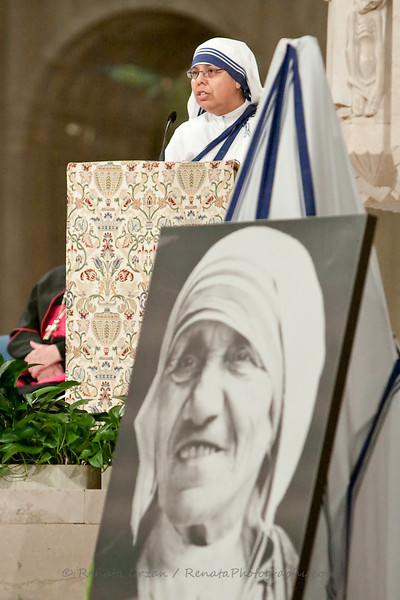 15- Mother Teresa Stamp - Renata Grzan