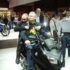 Jeroen en Patrick doen gek op de BMW C600 Sport.