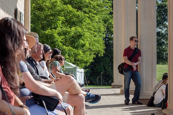 Making an IGDC Group Photo at Mount Vernon