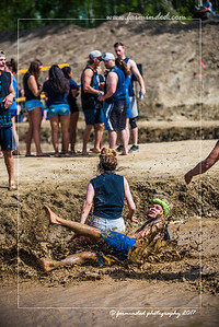D75_5703-12x18-06_2017-Mud_Volleyball
