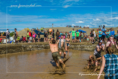 DS5_8791-12x18-06_2017-Mud_Volleyball-W