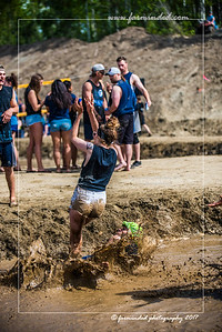 D75_5701-12x18-06_2017-Mud_Volleyball