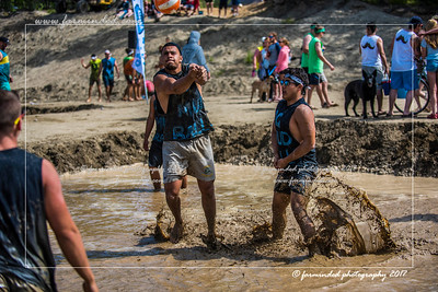 D75_5696-12x18-06_2017-Mud_Volleyball-W