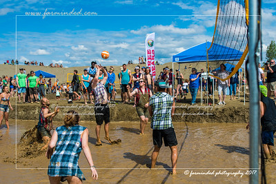 DS5_8767-12x18-06_2017-Mud_Volleyball-W
