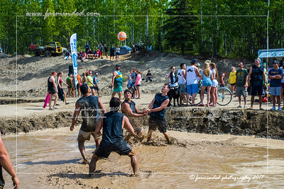 DS5_8764-12x18-06_2017-Mud_Volleyball-W