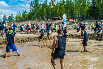 DS5_8714-12x18-06_2017-Mud_Volleyball-W