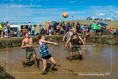 DS5_8755-12x18-06_2017-Mud_Volleyball-W