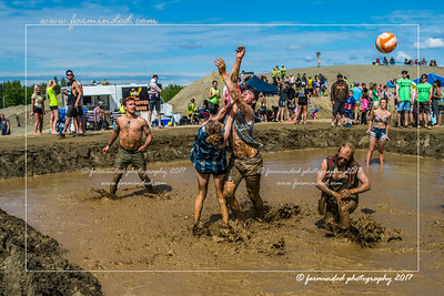 DS5_8796-12x18-06_2017-Mud_Volleyball-W
