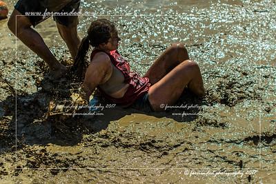 DS5_0342-12x18-06_2017-Mud_Volleyball-W