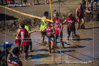D75_7091-12x18-06_2017-Mud_Volleyball-W