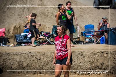 D75_7017-12x18-06_2017-Mud_Volleyball-W
