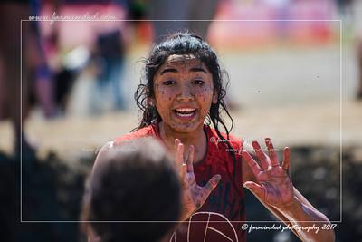 D75_6947-12x18-06_2017-Mud_Volleyball-W