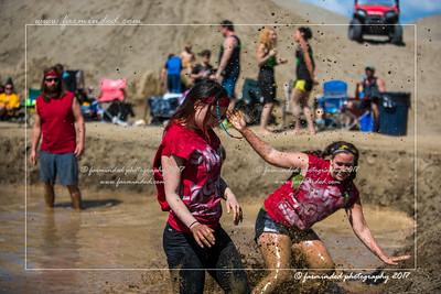 D75_7024-12x18-06_2017-Mud_Volleyball-W