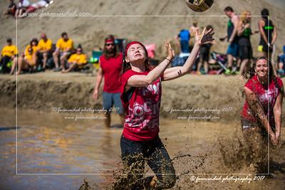 D75_7021-12x18-06_2017-Mud_Volleyball-W