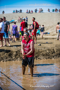 D75_6964-12x18-06_2017-Mud_Volleyball