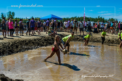 DS5_0350-12x18-06_2017-Mud_Volleyball-W
