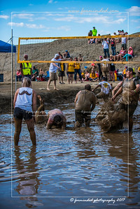 D75_8623-12x18-06_2017-Mud_Volleyball