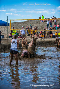 D75_8615-12x18-06_2017-Mud_Volleyball