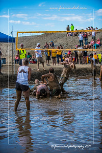 D75_8618-12x18-06_2017-Mud_Volleyball