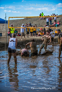 D75_8620-12x18-06_2017-Mud_Volleyball