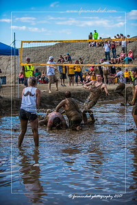 D75_8619-12x18-06_2017-Mud_Volleyball