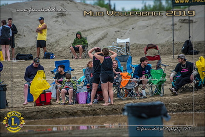 D75_4663-12x18-06_2019-Mud Volleyball-W