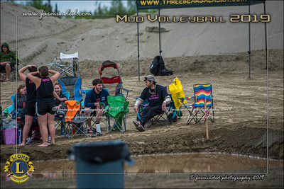 D75_4664-12x18-06_2019-Mud Volleyball-W