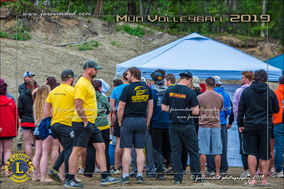 D75_4618-12x18-06_2019-Mud Volleyball-W