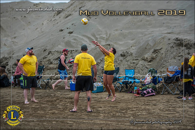D75_4654-12x18-06_2019-Mud Volleyball-W