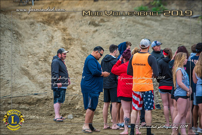 D75_4616-12x18-06_2019-Mud Volleyball-W