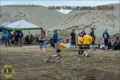 D75_4651-12x18-06_2019-Mud Volleyball-W