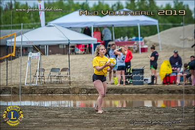 D75_4668-12x18-06_2019-Mud Volleyball-W