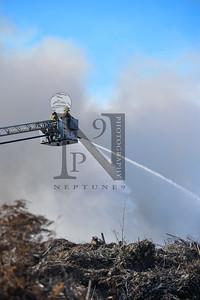 Fire Services from several agencies work to extinguish a mulch fire in SATX on 19 Dec 2016. Bexar County EM, Schertz, Bracken Volunteer, Universal City, and Selma. Gallery: http://smu.gs/2hNpmQc