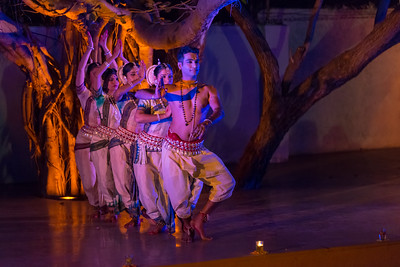 Smt Madhulita Mahapatra and disciples. Nrityantar from Bengaluru.  Mumbai Odissi Utsav  Day 1 - 17th Feb 2018.