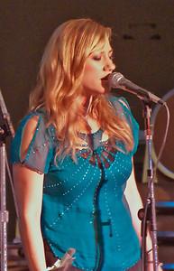 SJ Jazz '10-Day 1 Lucy Woodward 034