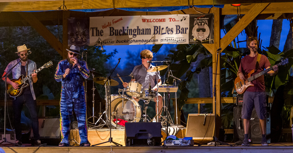 Buckingham Blues Bar